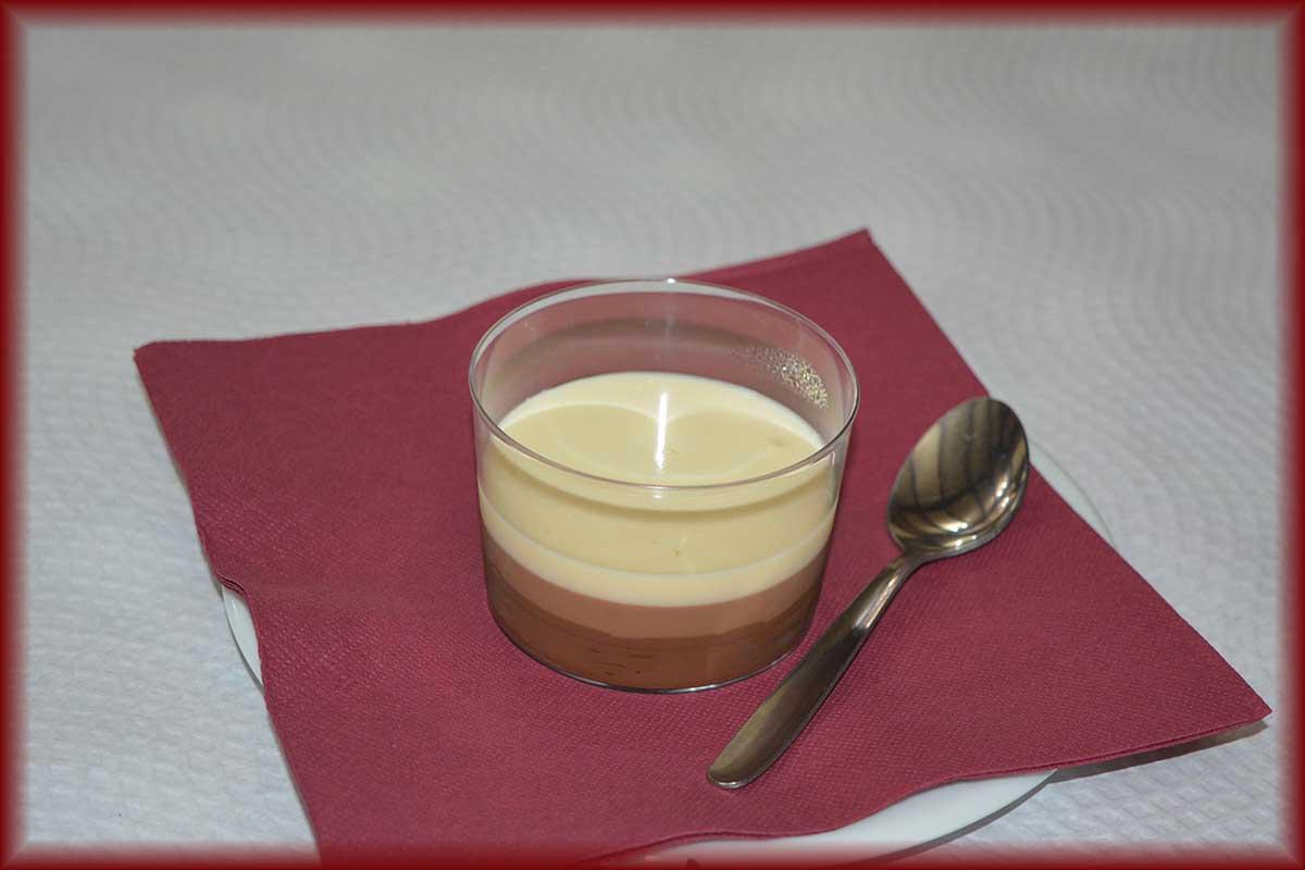 Tarta tres Chocolates Restaurante Reyes